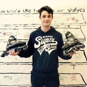 Sharing skates
