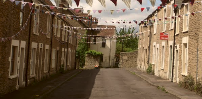 Bunting on New buildings lane